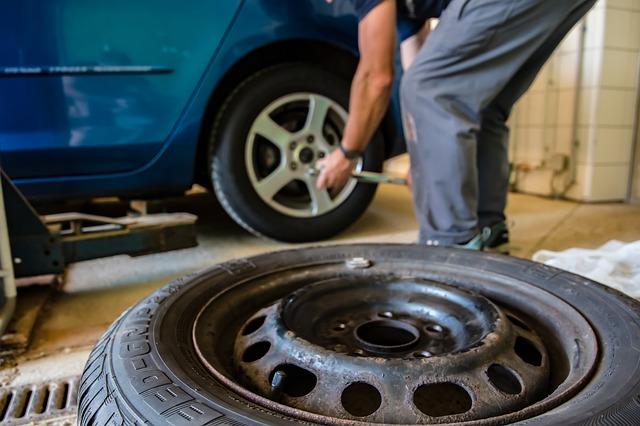 タイヤ交換によるお金の節約と自分の時間の使用について。